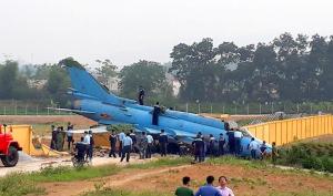 Yên Bái: Su 22 gặp nạn khi hạ cánh, phi công may mắn thoát nạn