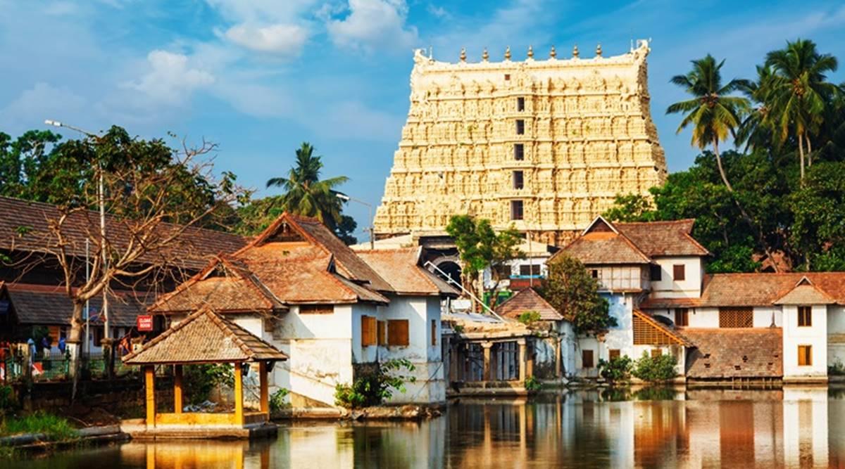 Dưới ánh mặt trời, đền Sree Padmanabhaswamy sáng lấp lánh như một thỏi vàng. (Ảnh quaimages.indianexpress.com)