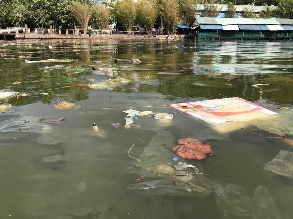Đảo ngọc Phú Quốc ngập trong biển rác vì sự vô ý thức của người dân 3 - H6