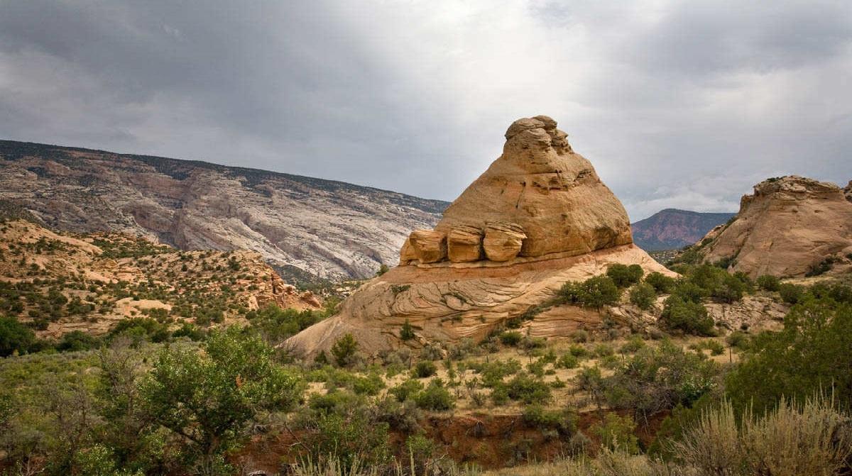 Bang Utah xinh đẹp của nước Mỹ là nơi cư ngụ của những sinh vật huyền bí. (Ảnh qua Utah.com)