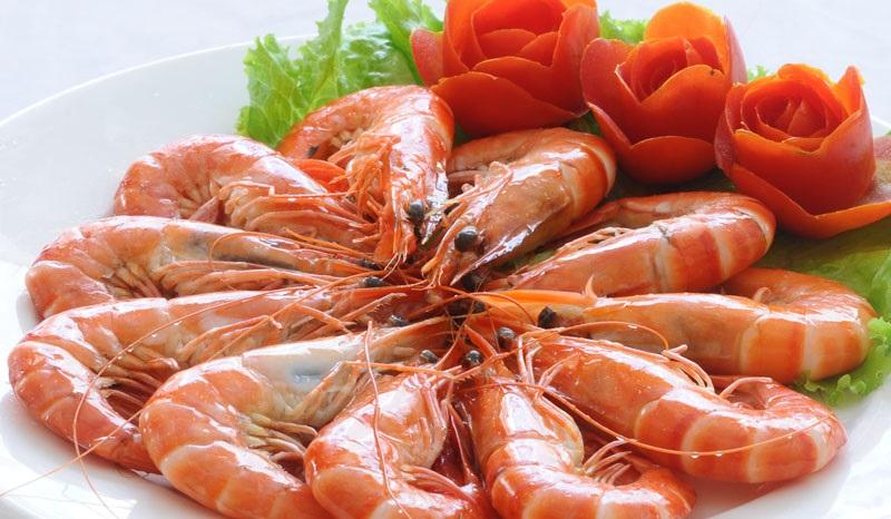Những bộ phận của tôm không nên ăn để tránh nhiễm độc cơ thể. Ảnh 1