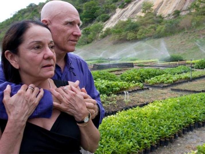 Cần mẫn suốt 20 năm: Một cặp vợ chồng Brazil biến hoang mạc thành rừng - ảnh 3