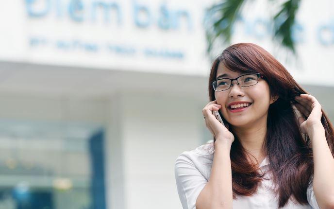 UBND TP HCM đề xuất đánh thuế tiêu thụ đặc biệt đối với điện thoại di động - H2