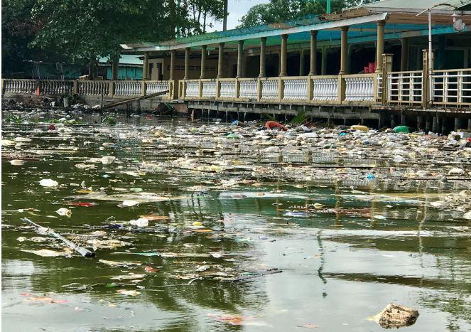 Đảo ngọc Phú Quốc ngập trong biển rác vì sự vô ý thức của người dân 3 - H1
