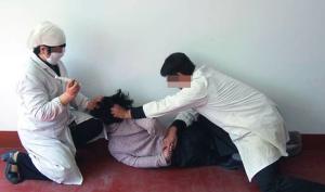 Tiêm thuốc tâm thần gây điên dại – Phương thức tra tấn thâm hiểm của ĐCSTQ