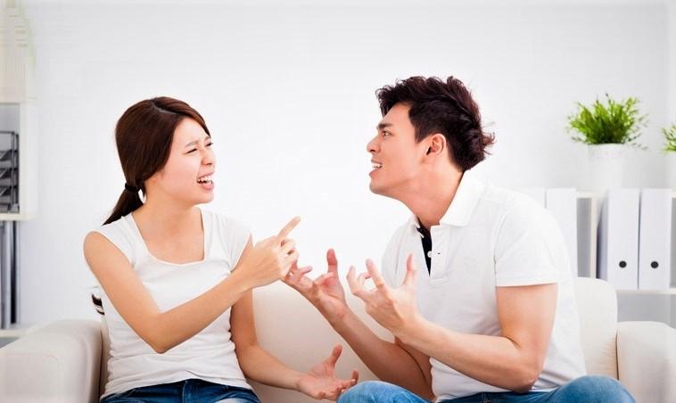 Những cặp đôi hay tranh cãi nhưng theo cách bình hòa thường gắn bó lâu dài hơn. (Ảnh qua boMb01)