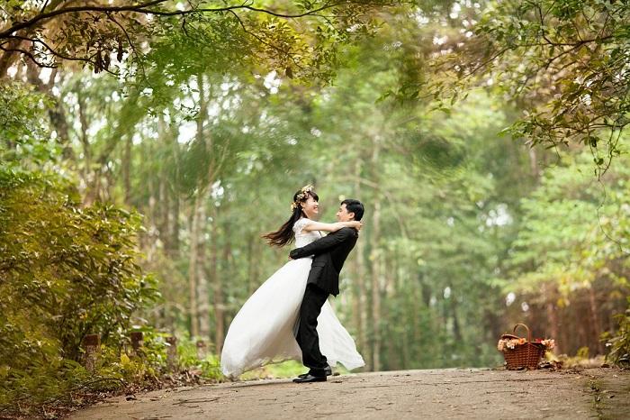 Triết lý người xưa: Lấy vợ lấy đức không lấy sắc, kết bạn kết tâm chẳng kết tài.