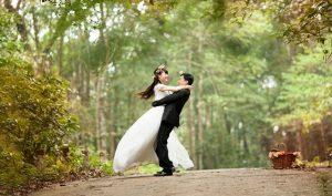 Triết lý người xưa: Lấy vợ lấy đức không lấy sắc, kết bạn kết tâm chẳng kết tài