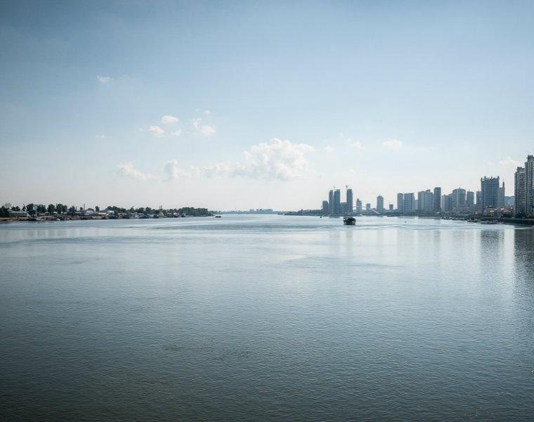 Trung Quốc và Triều Tiên chỉ cách nhau một con sông. (Ảnh: Michael Huniewicz)