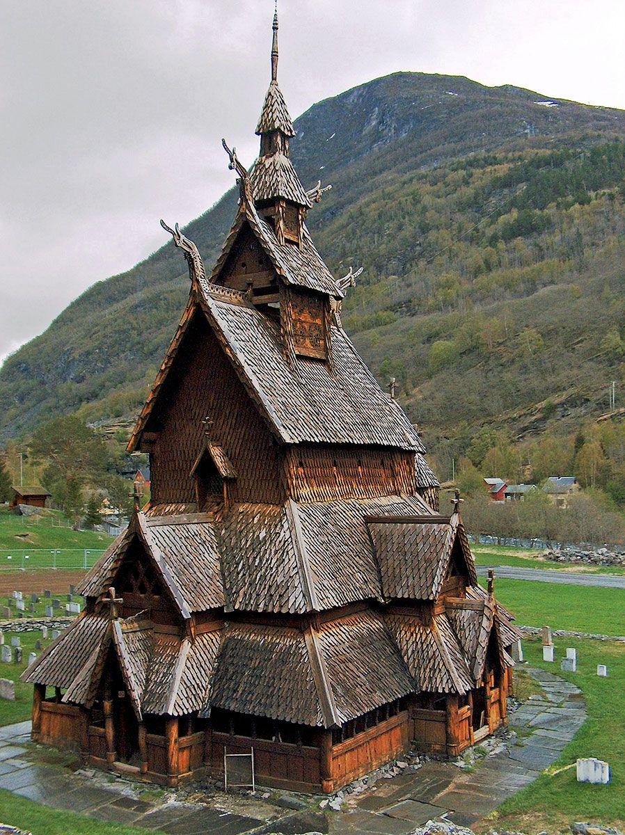 Nhà thờ Stave, được xây dựng vào thế kỷ thứ 12 ở Na Uy. (Ảnh qua en.wikipedia.org)