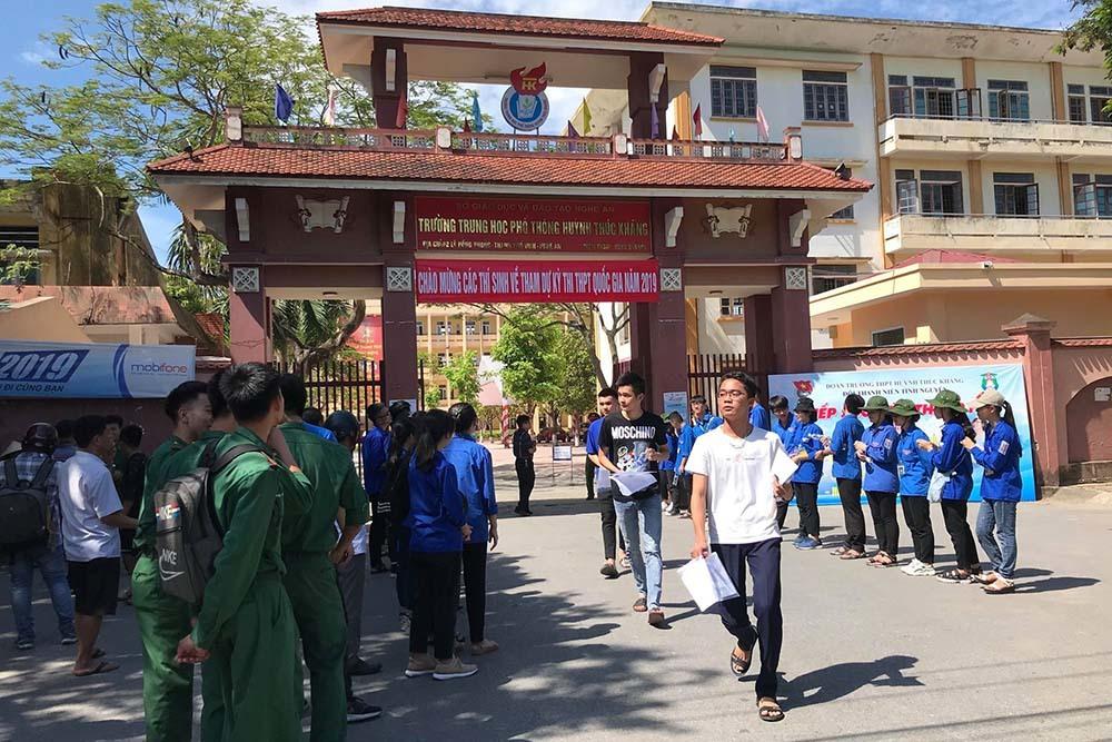 Điểm thi tại Trường PTTH Huỳnh Thúc Kháng