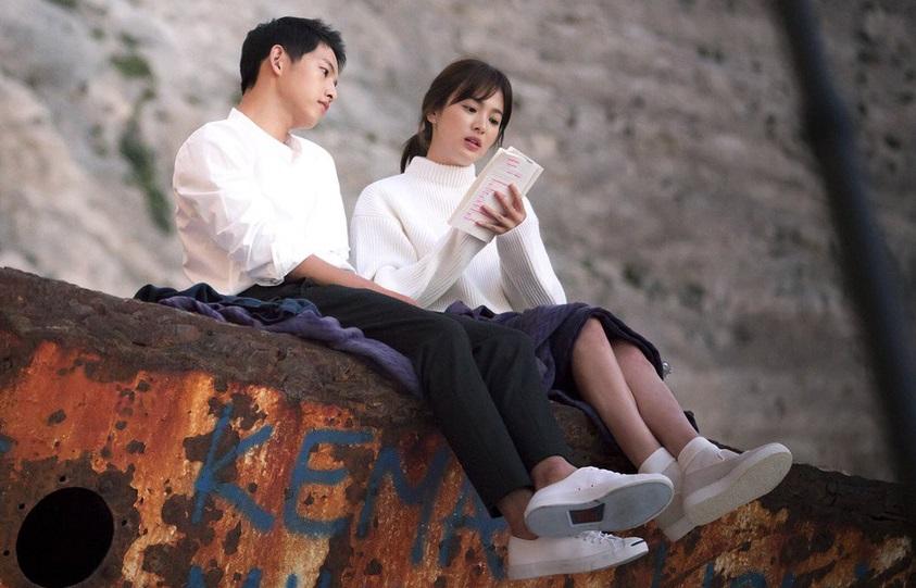 Song Joong Ki và Song Hye Kyo trong Hậu duệ mặt trời