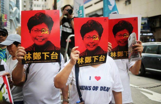 """Vận mệnh của Trưởng Đặc khu Hồng Kông Carrie Lam liệu có """"bạc như vôi""""? H2"""