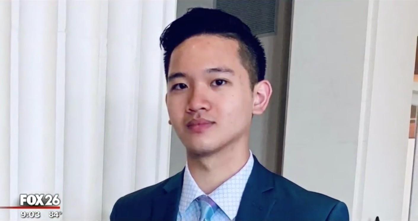 Chàng trai gốc Việt vô gia cư, mẹ cờ bạc vẫn trúng tuyển vào Đại học Harvard - h5