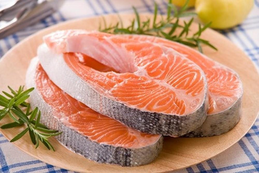 Ăn nhiều cá sẽ là giảm đáng kể hormon leptin - vốn liên quan đến béo phì. (Ảnh quaRevista Shije)