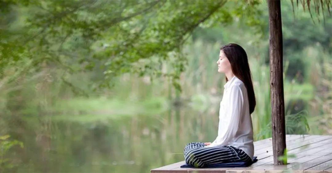Thiền định giúp bạn giữ tâm thái hài hoà. (Ảnh qua dkn.tv)