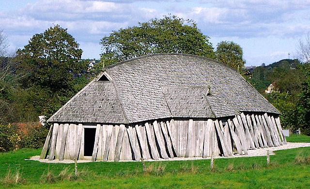 Nhà dài Viking, được tái xây dựng ở Đan Mạch. (Ảnh qua en.wikipedia.org)