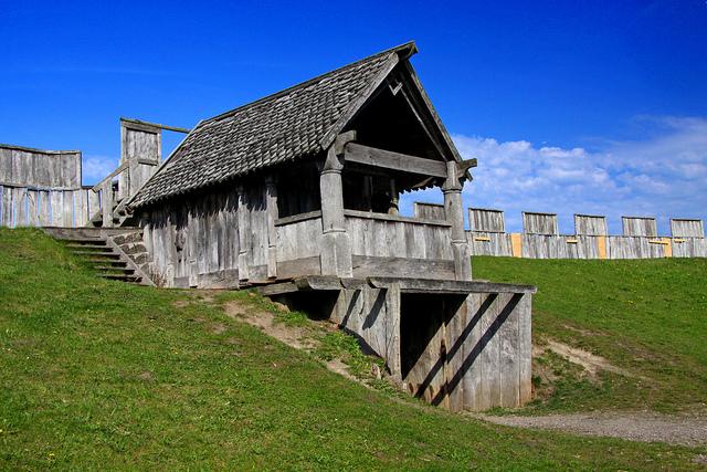 Góc nhìn từ bên trong của một pháo đài trelleborg. (Ảnh qua flickr.com)