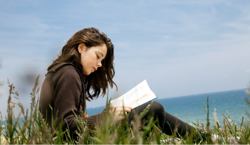 Người thích ở một mình chỉ đơn giản là muốn dành nhiều thời gian hơn để kết nối nội tâm và phát triển bản thân mình. (Ảnh qua Education Quizzes)