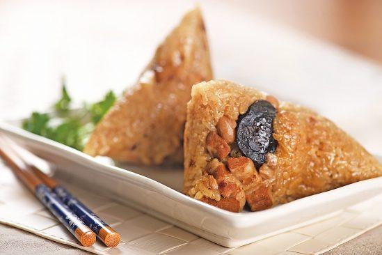 Tập tục ăn bánh ú trong dịp Tết Đoan Ngọ có lịch sử văn hóa lâu đời.