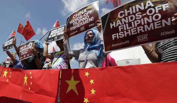 Tổng thống Philippines gây thất vọng khi tuyên bố: Vụ tàu cá bị đâm chìm chỉ là tai nạn hàng hải!2
