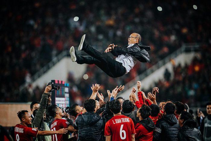 Thầy Park không muốn chia tay bóng đá VN, xem VN như quê hương thứ 2 của mình.3