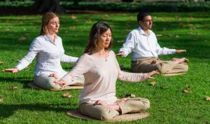 15 phút ngồi thiền mỗi ngày có tác dụng tương đương với 1 ngày đi nghỉ mát