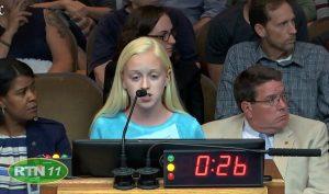 Bài phát biểu lay động hàng ngàn trái tim của cô bé 13 tuổi về vấn nạn phá thai
