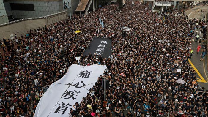 Bàn về số 9 vận hạn của Trung Quốc, năm nay Hong Kong có gặp nạn?.6