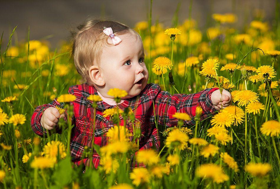 Trẻ em nên được vui chơi ngoài trời, vừa bổ ích, vừa giúp trẻ hạnh phúc