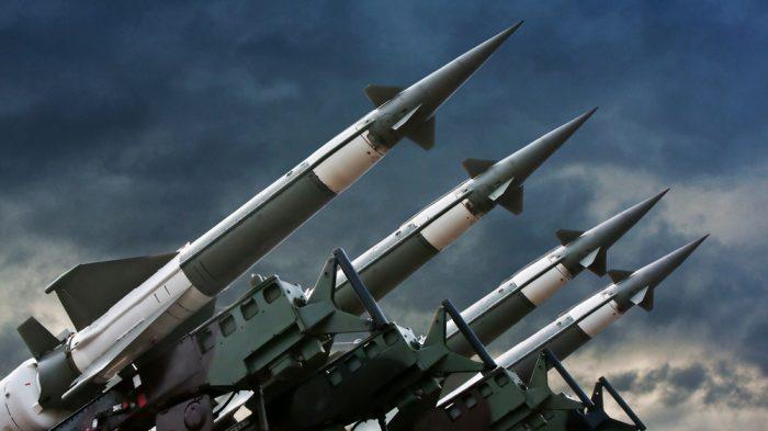 Chiến tranh thế giới thứ 3 suýt nổ ra nếu không có sự ngăn cản của 1 vị anh hùng thầm lặng! - ảnh 2