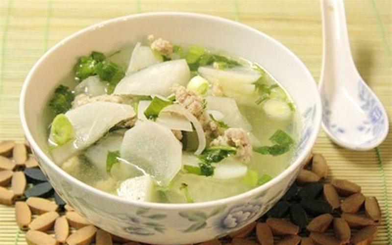 Củ cải là một loại có chứa rất nhiều vitamin C rất tốt để dưỡng trắng da một cách an toàn và hiệu quả. (Ảnh qua coocki.vn)