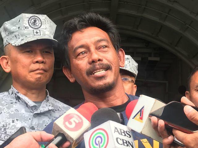 Thuyền trưởng Philippines hãi hùng kể lại đêm bị tàu Trung Quốc đâm.2