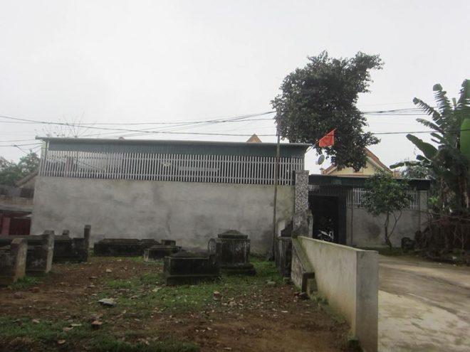 Ngôi làng 'nghĩa trang' ở Nghệ An - nơi người sống, người chết phải 'ở chung' với nhau - H5