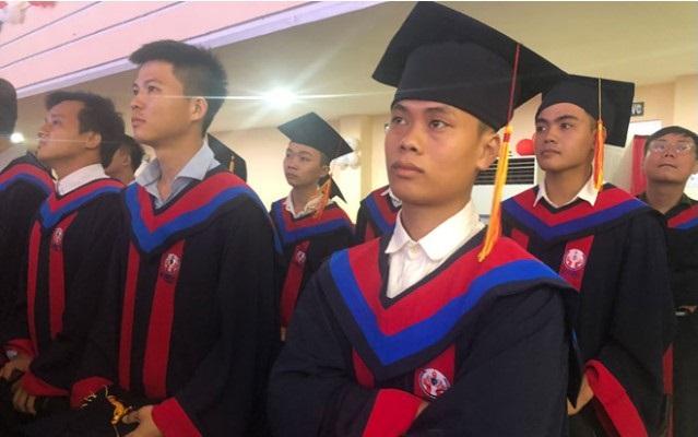 Bằng đại học chính quy và tại chức sẽ có giá trị ngang nhau kể từ tháng 7