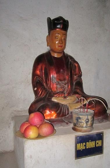 Tượng thờ Trạng nguyên Mạc Đĩnh Chi tại chùa Dâu, Bắc Ninh. (Ảnh từ wikipedia.org)