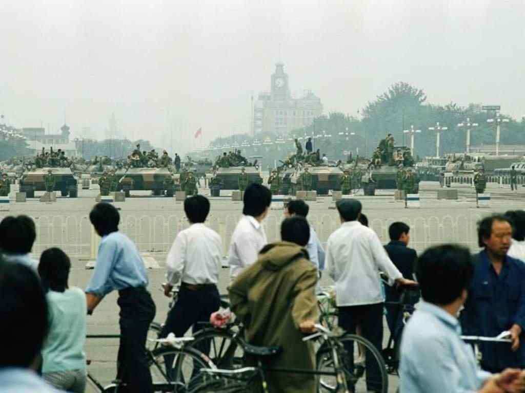 Hồi ức ám ảnh về thảm sát Thiên An Môn 1989 (P2): Đối thoại với làn đạn