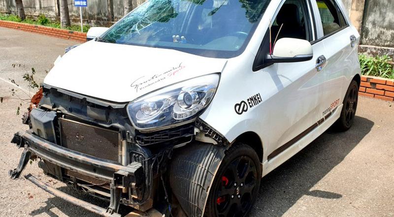 Thiếu tá CSGT huyện Châu Đức gây tai nạn chết người rồi lái ôtô bỏ đi.1