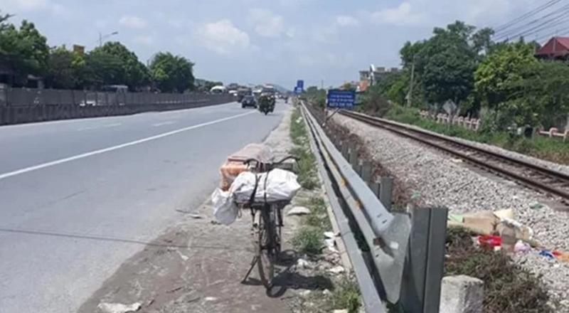 Mẹ ca sĩ Châu Việt Cường bị tàu hỏa tông tử vong khi đang nhặt ve chai kiếm sống