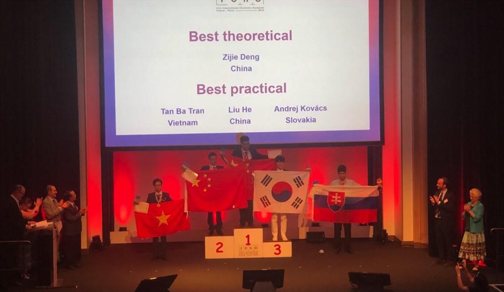Đội tuyển Việt Nam đứng thứ 5 tại kỳ thi này, sau Trung Quốc, Hàn Quốc, Nga và Mỹ