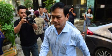 Bị cáo Nguyễn Hữu Linh đến tòa trong phiên xử trước đó