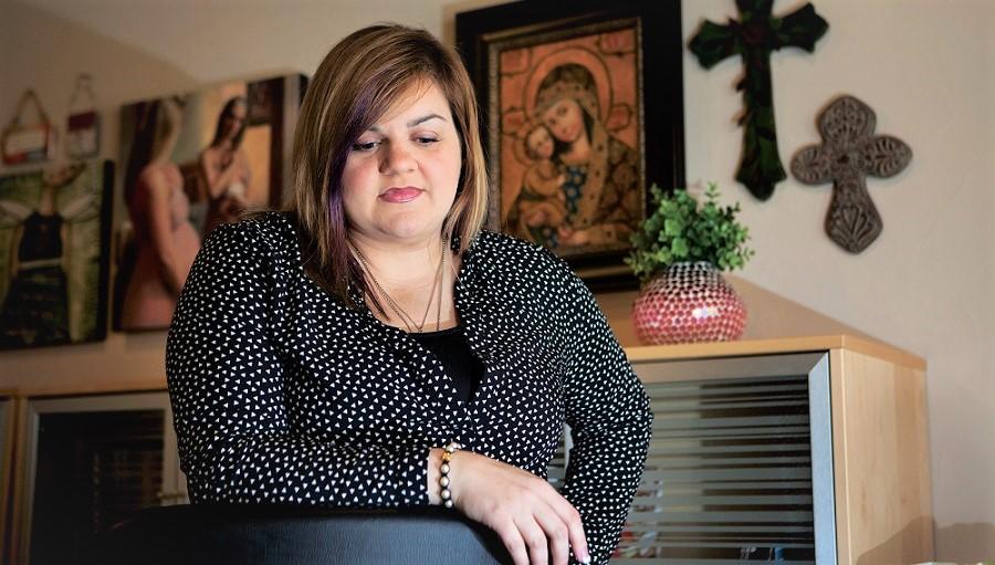 Cô Abby Johnson đã từ chức giám đốc phòng khám sau khi xem cảnh tượng phá thai qua siêu âm. Giờ đây cô đang là một nhà hoạt động chống phá thai.(Ảnh qua Texas Monthly)