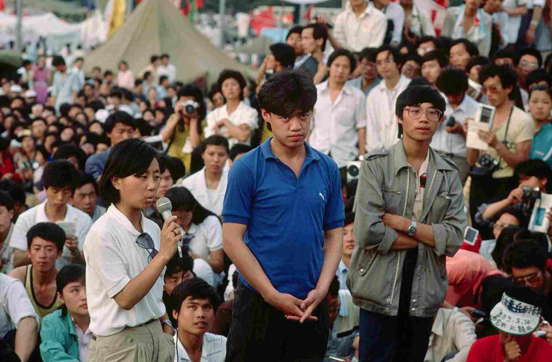 Hàng trăm sinh viên tuyệt thực vô thời hạn tại Quảng trường Thiên An Môn