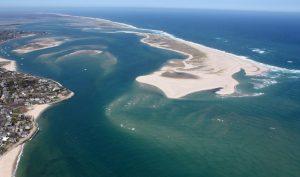 Phát hiện hồ nước ngọt khổng lồ dưới đáy đại dương