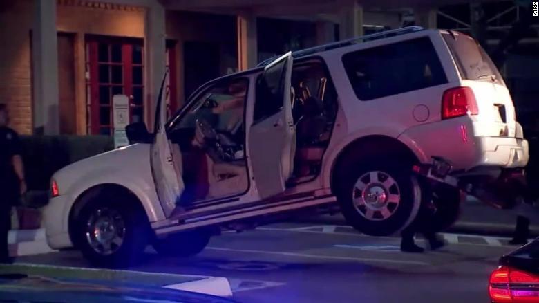 Chiếc SUV Lincoln Navigator 2006 mà Lexus Stagg đã lái đâm vào các con, gây ra cái chết của cậu bé 3 tuổi.