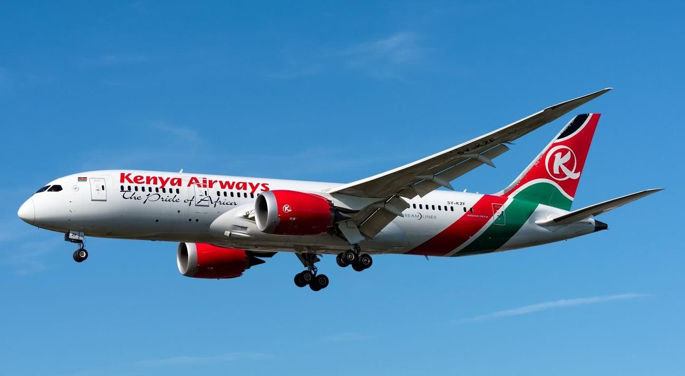 Đi lậu máy bay, hành khách bị rớt xuống đất tử vong