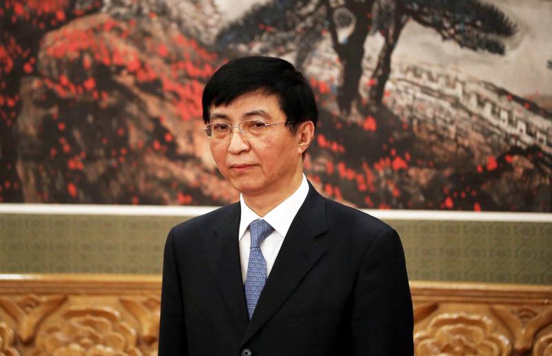 Ông Vương Hộ Ninh - Thường ủy thuộc phe cánh ông Giang, đã trải qua các thời kỳ nắm quyền của ông Giang Trạch Dân, Hồ Cẩm Đào và Tập Cận Bình