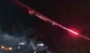 Quá ức vì nhạc nhẽo ầm ĩ, thanh niên sử dụng drone gắn pháo hoa để bắn hàng xóm