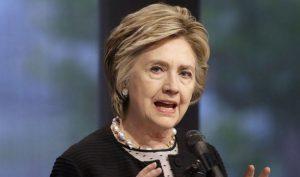 Vụ bê bối email: Trợ lý của bà Clinton thay đổi lời khai