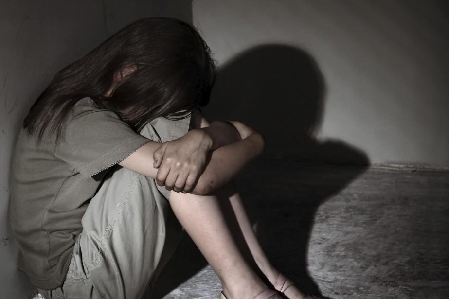 Bắt giam sư trụ trì hiếp dâm bé gái 14 tuổi